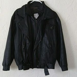 The incrowd collection 100% Leather female jacket